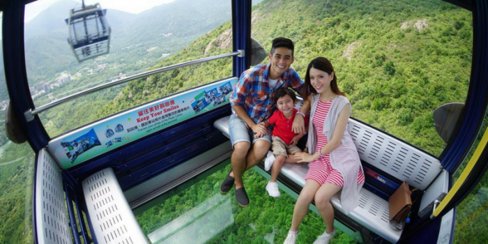 Hong Kong Ngong Ping 360 Crystal Cable Car 800×400
